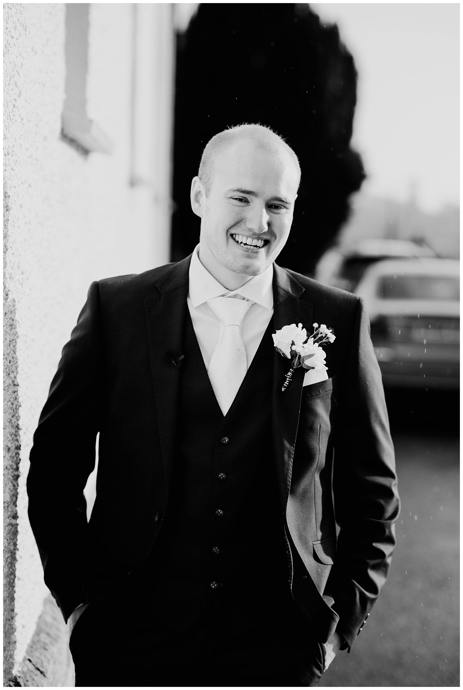This image has an empty alt attribute; its file name is Winter-Wedding-on-Lusty-Beg-Island-County-Fermanagh-Northern-Ireland-Photographer-Gemma-G-38.jpg