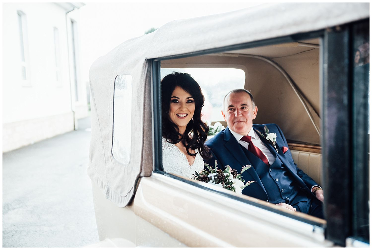 This image has an empty alt attribute; its file name is Winter-Wedding-on-Lusty-Beg-Island-County-Fermanagh-Northern-Ireland-Photographer-Gemma-G-41.jpg