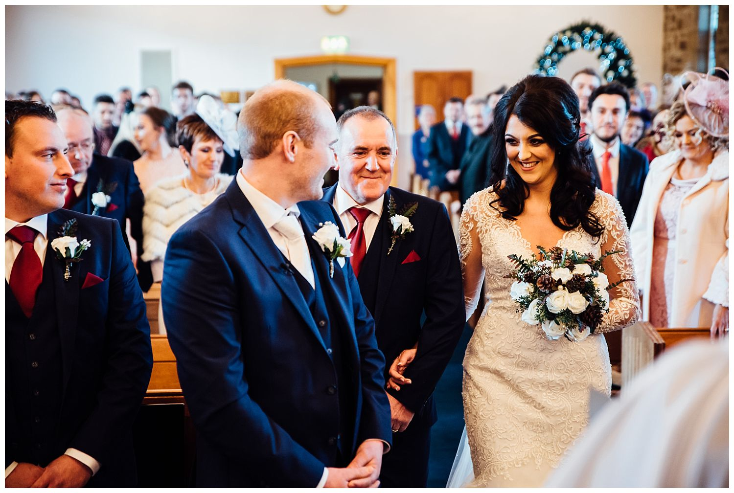 This image has an empty alt attribute; its file name is Winter-Wedding-on-Lusty-Beg-Island-County-Fermanagh-Northern-Ireland-Photographer-Gemma-G-47.jpg