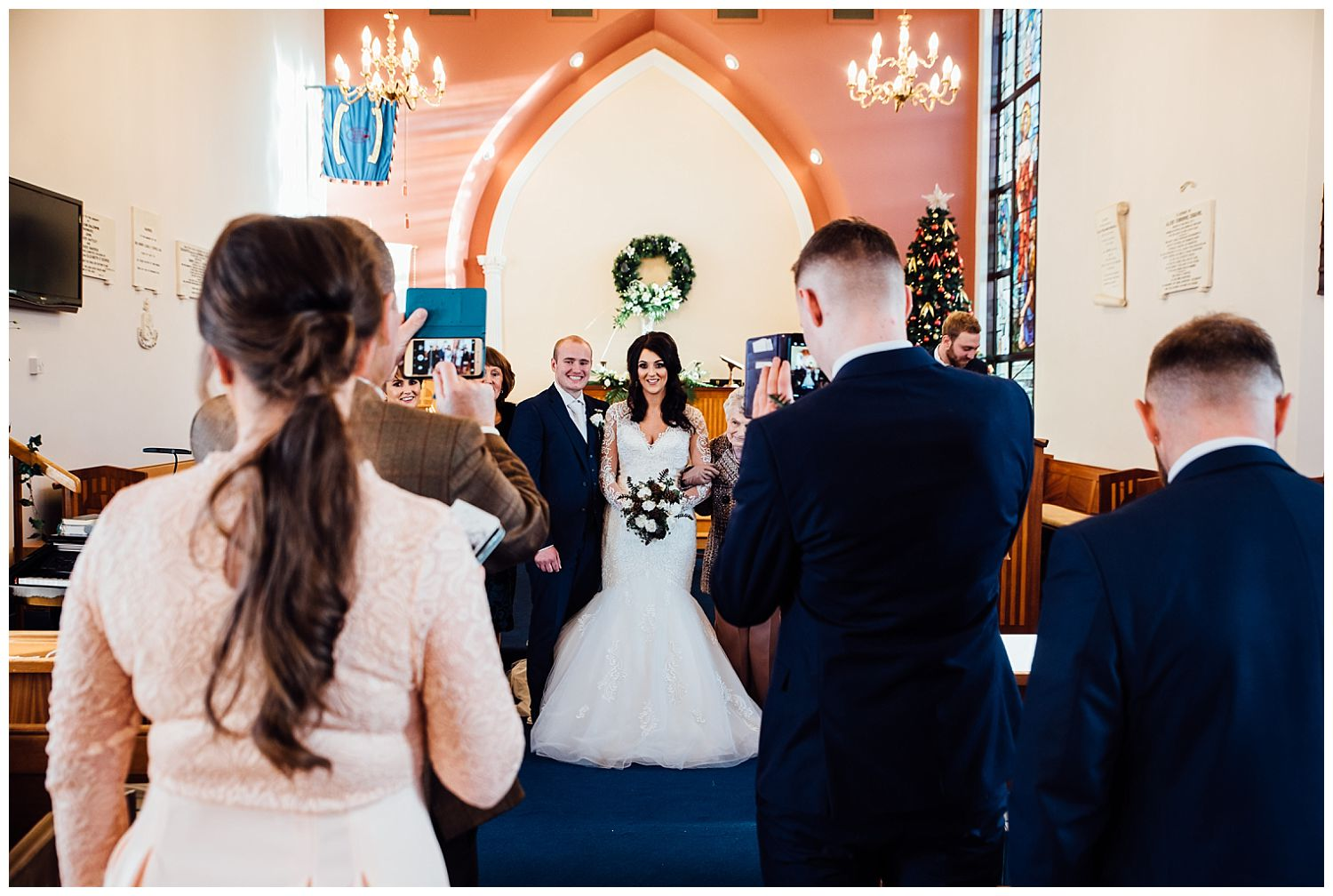 This image has an empty alt attribute; its file name is Winter-Wedding-on-Lusty-Beg-Island-County-Fermanagh-Northern-Ireland-Photographer-Gemma-G-61.jpg