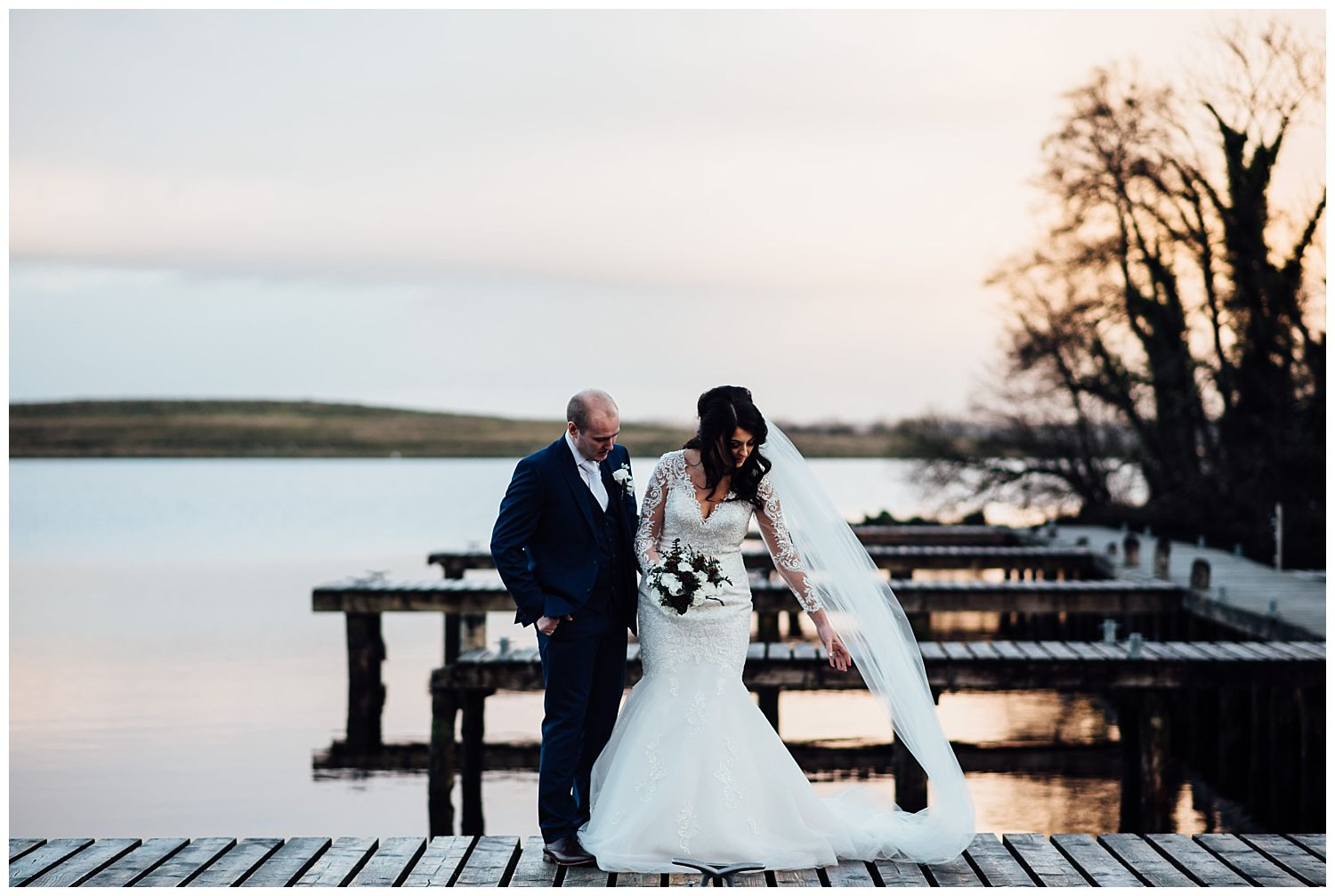 This image has an empty alt attribute; its file name is Winter-Wedding-on-Lusty-Beg-Island-County-Fermanagh-Northern-Ireland-Photographer-Gemma-G-72.jpg