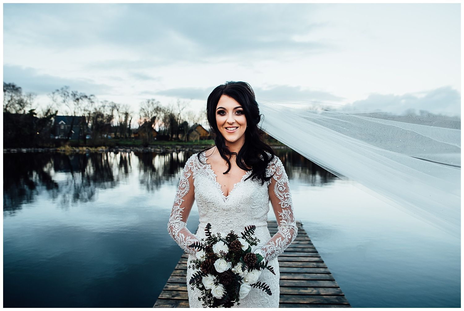 This image has an empty alt attribute; its file name is Winter-Wedding-on-Lusty-Beg-Island-County-Fermanagh-Northern-Ireland-Photographer-Gemma-G-74.jpg
