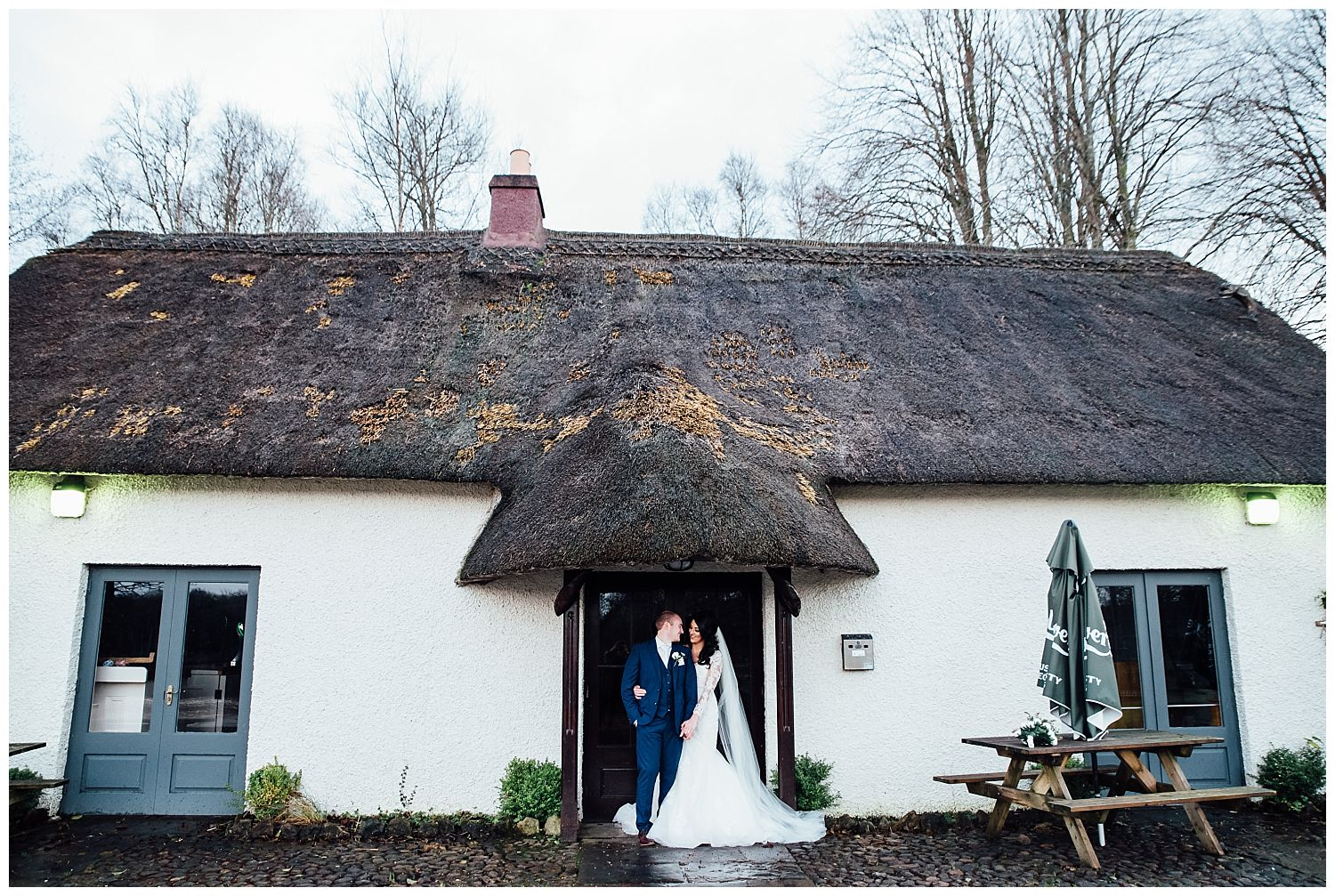 This image has an empty alt attribute; its file name is Winter-Wedding-on-Lusty-Beg-Island-County-Fermanagh-Northern-Ireland-Photographer-Gemma-G-77.jpg